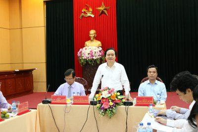 Hoạt động của Lãnh đạo Bộ, ngành làm việc tại Quảng Ngãi