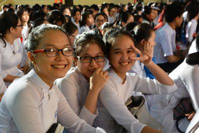 Kiểm tra và xử lý dứt điểm tình trạng lạm thu trong trường học