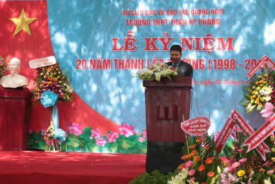 Trường THPT Trần Kỳ Phong kỷ niệm 20 năm ngày thành lập