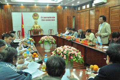 Thứ Trưởng Bộ Giáo dục và Đào tạo Nguyễn Vinh Hiển làm việc tại Quảng Ngãi