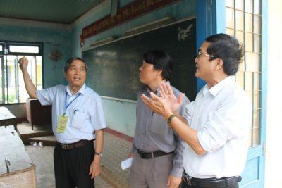 Phó Chủ tịch Thường trực UBND tỉnh Lê Quang Thích kiểm tra công tác chuẩn bị kỳ thi THPT quốc gia