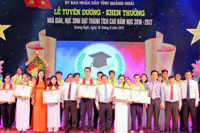 Lễ Vinh danh học sinh, nhà giáo có thành tích cao