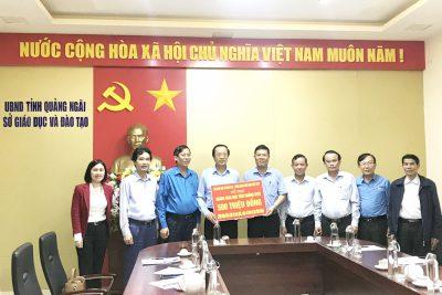Thứ trưởng Bộ Giáo dục và Đào tạo Phạm Ngọc Thưởng làm việc với ngành Giáo dục Quảng Ngãi